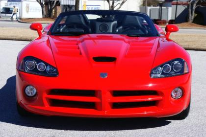2009 DODGE VIPER SRT-10 - RED ON BLACK 2