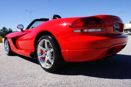 2009 DODGE VIPER SRT-10 - RED ON BLACK 4