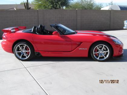 2009 DODGE VIPER SRT-10 - RED ON BLACK 3