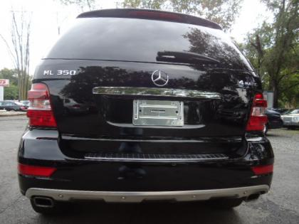 Export used 2010 mercedes benz ml350 4matic black on black for Mercedes benz ml350 4matic 2010