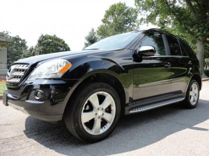 2010 MERCEDES BENZ ML350 4MATIC - BLACK ON BLACK