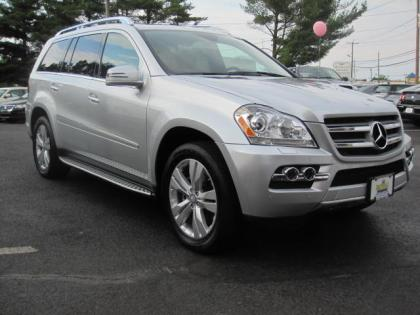 2011 MERCEDES BENZ GL350 BLUETEC 4MATIC - SILVER ON BLACK