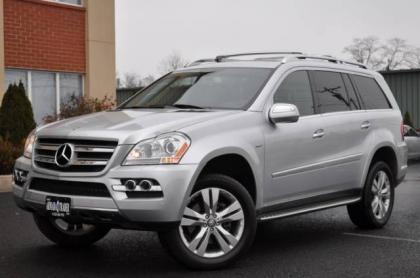 2010 MERCEDES BENZ GL350 BLUETECH - SILVER ON BLACK