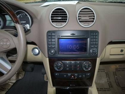 2010 MERCEDES BENZ GL350 BLUETECH - BLACK ON BEIGE 6