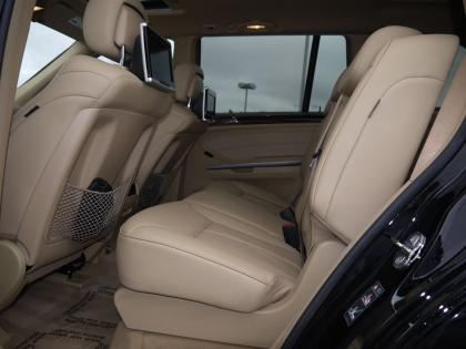 2010 MERCEDES BENZ GL350 BLUETECH - BLACK ON BEIGE 8
