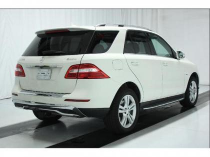 2012 MERCEDES BENZ ML350 W4 - WHITE ON BLACK 2
