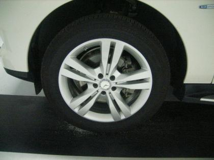 2012 MERCEDES BENZ ML350 W4 - WHITE ON BLACK 4