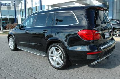 Export used 2013 mercedes benz gl550 4matic black on brown for Used mercedes benz gl550