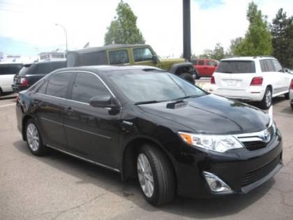 2013 TOYOTA CAMRY HYBRID - BLACK ON GRAY