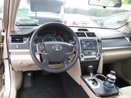 2012 TOYOTA CAMRY LE - GOLD ON GRAY 5