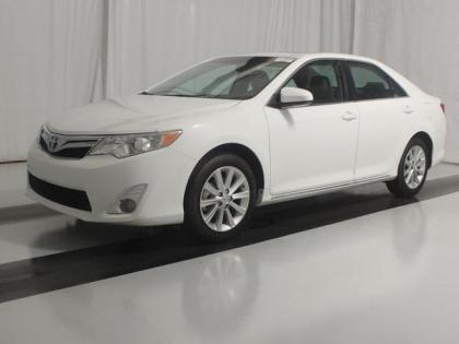 2013 TOYOTA CAMRY XLE - WHITE ON BEIGE