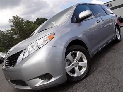 2011 TOYOTA SIENNA LE - SILVER ON GREY