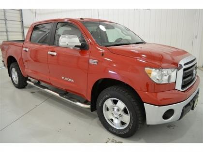 2010 TOYOTA TUNDRA 4WD - RED ON GRAY 3