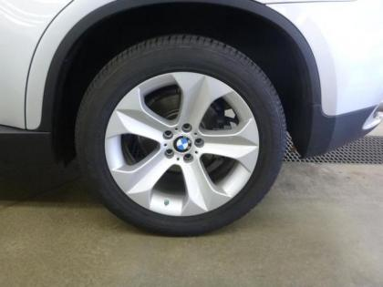 2012 BMW X6 XDRIVE35I - SILVER ON GRAY 4