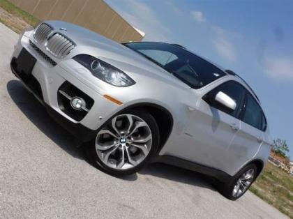 2011 BMW X6 XDRIVE50I - SILVER ON RED