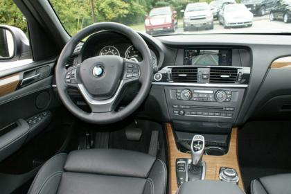 2012 BMW X3 XDRIVE35I - WHITE ON BLACK 6