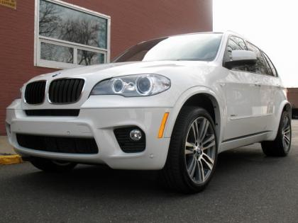 2013 BMW X5 M PACKAGE - WHITE ON WHITE