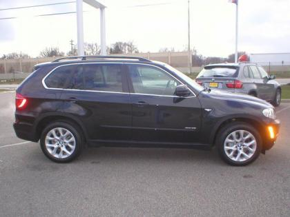 2013 BMW X5 XDRIVE - BLACK ON BLACK 1