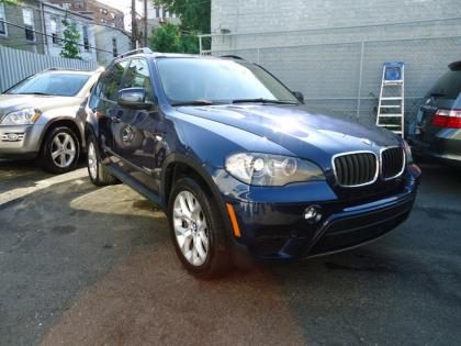 2011 BMW X5 XDRIVE35I - BLUE ON BEIGE
