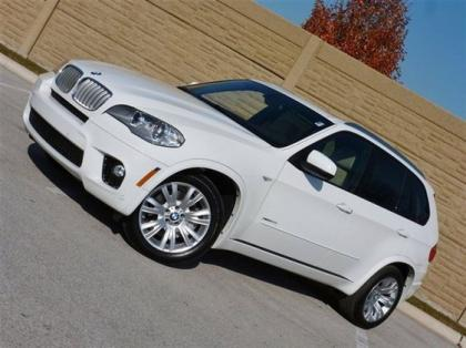 2013 BMW X5 M PACKAGE - WHITE ON BEIGE