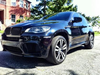 2013 BMW X6 M - BLACK ON WHITE