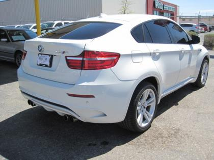 export used 2013 bmw x6 m white on black. Black Bedroom Furniture Sets. Home Design Ideas