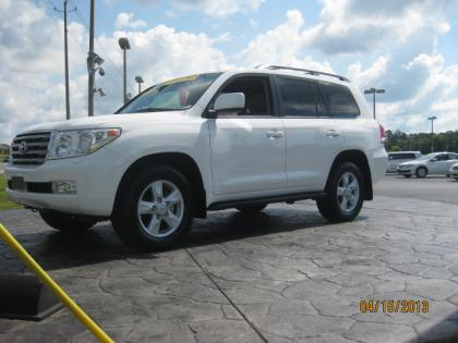 2011 TOYOTA LAND CRUISER BASE - WHITE ON BEIGE