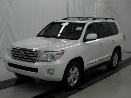 2013 TOYOTA LAND CRUISER BASE - WHITE ON TAN