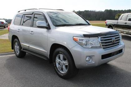 2013 TOYOTA LAND CRUISER BASE - SILVER ON BLACK