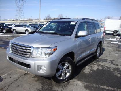 2013 TOYOTA LAND CRUISER BASE - SILVER ON BLACK 1