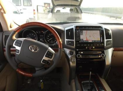 Toyota Land Cruiser 2013 White 2013 Toyota Land Cruiser