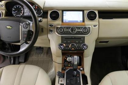 2010 LAND ROVER LR4 HSE - GRAY ON BEIGE 8