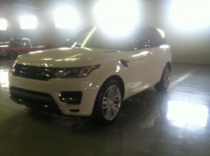 2014 LAND ROVER RANGE ROVER SPORT AUTOBIOGRAPHY - WHITE ON RED