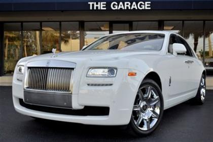 2013 ROLLS-ROYCE GHOST BASE - WHITE ON WHITE