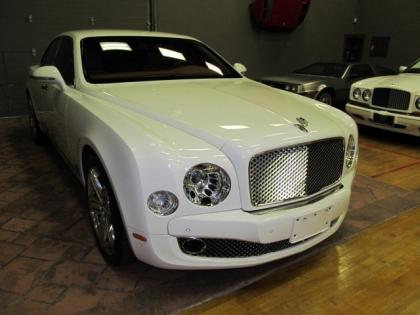 2011 BENTLEY MULSANNE BASE - WHITE ON BEIGE