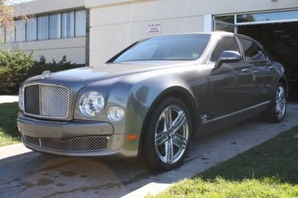 2011 BENTLEY MULSANNE BASE - GRAY ON BROWN