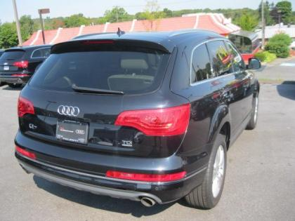 2011 AUDI Q7 3.0TDI - BLACK ON GRAY 2