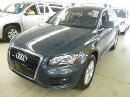 2010 AUDI Q5 3.2 QUATTRO - GRAY ON BLACK