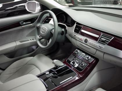 2013 AUDI A8 3.0L - SILVER ON GRAY 6