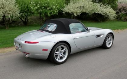 Export Used 2001 Bmw Z8 Base Silver On Red