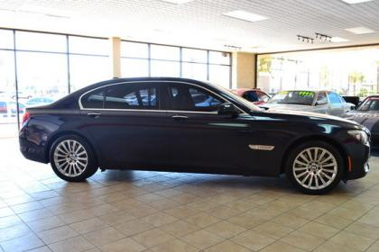 2010 BMW 750LI BASE - BLUE ON BLACK