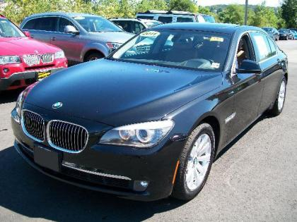 2011 BMW 750LI XDRIVE - BLACK ON BEIGE