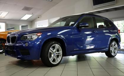 2013 BMW X1 XDRIVE28I - BLUE ON RED 2