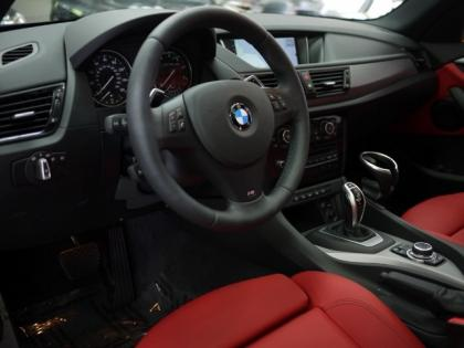 2013 BMW X1 XDRIVE28I - BLUE ON RED 4