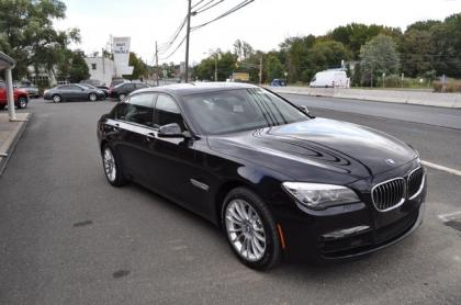 2013 BMW 750LI XDRIVE - BLACK ON BLACK