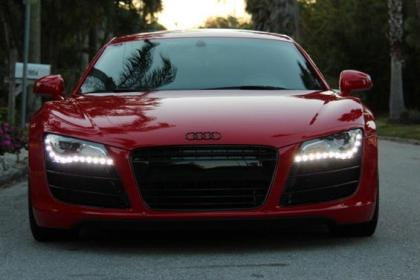 2009 AUDI R8 6-SPEED MANUAL - RED ON BLACK 2