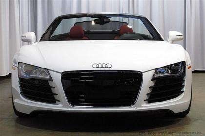 2012 AUDI R8 SPYDER - WHITE ON RED 2
