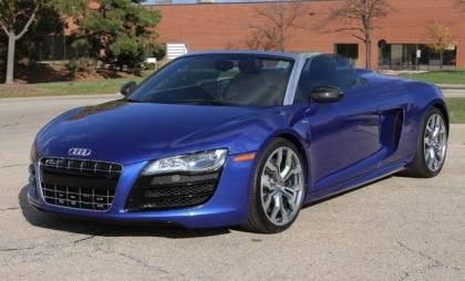 2012 AUDI R8 SPYDER - BLUE ON BLACK 1