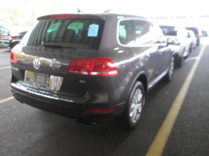 2013 VW TOUAREG COMFORT - GRAY ON BLACK 2