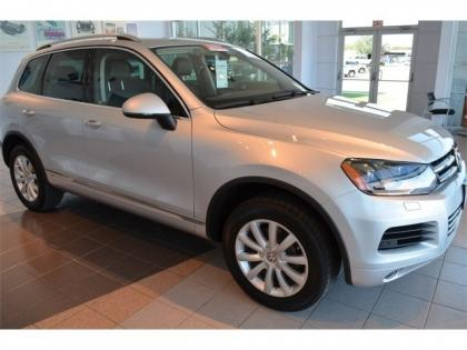 2012 VW TOUAREG LUX - SILVER ON BLACK